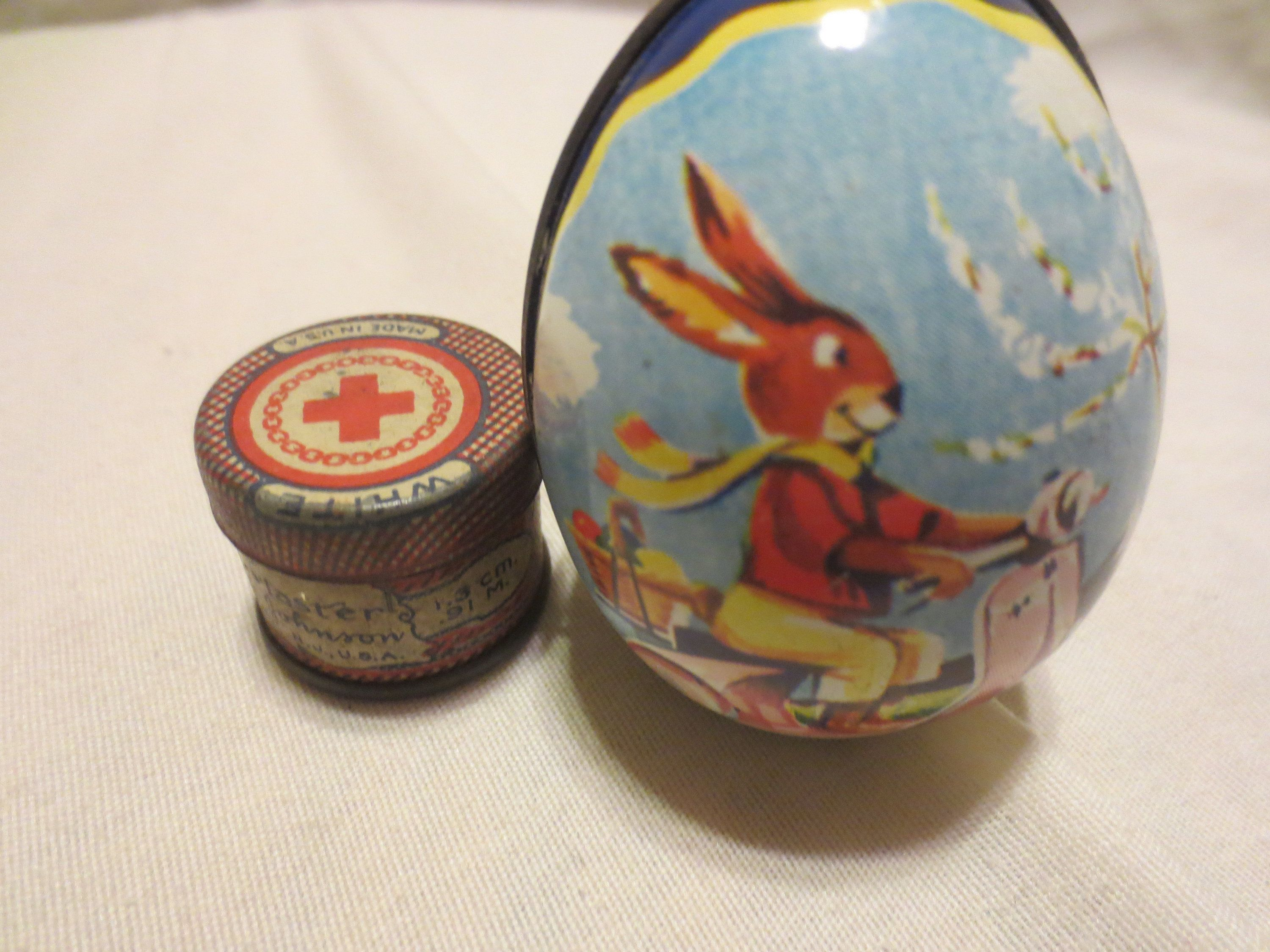 Easter souvenir from plaster Egg on a stand 51