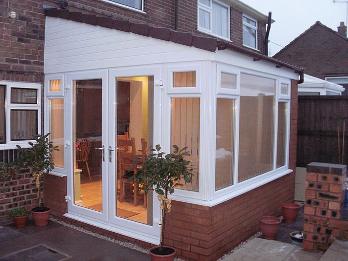Lean To Conservatory With Side Door Lean To Conservatory Small Conservatory House Extension Design