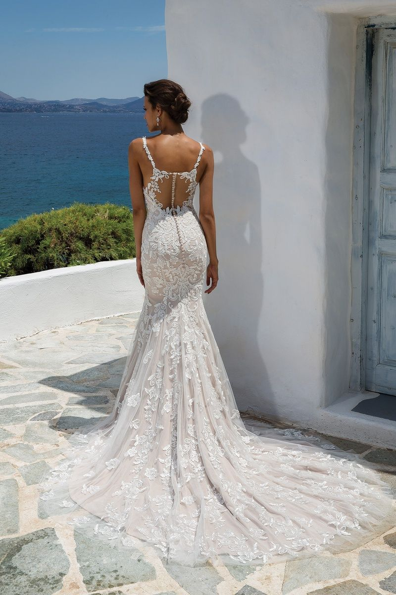 Southern belle wedding dresses  Justin Alexander Fit and Flare Gown with Beaded Lace Appliqués and