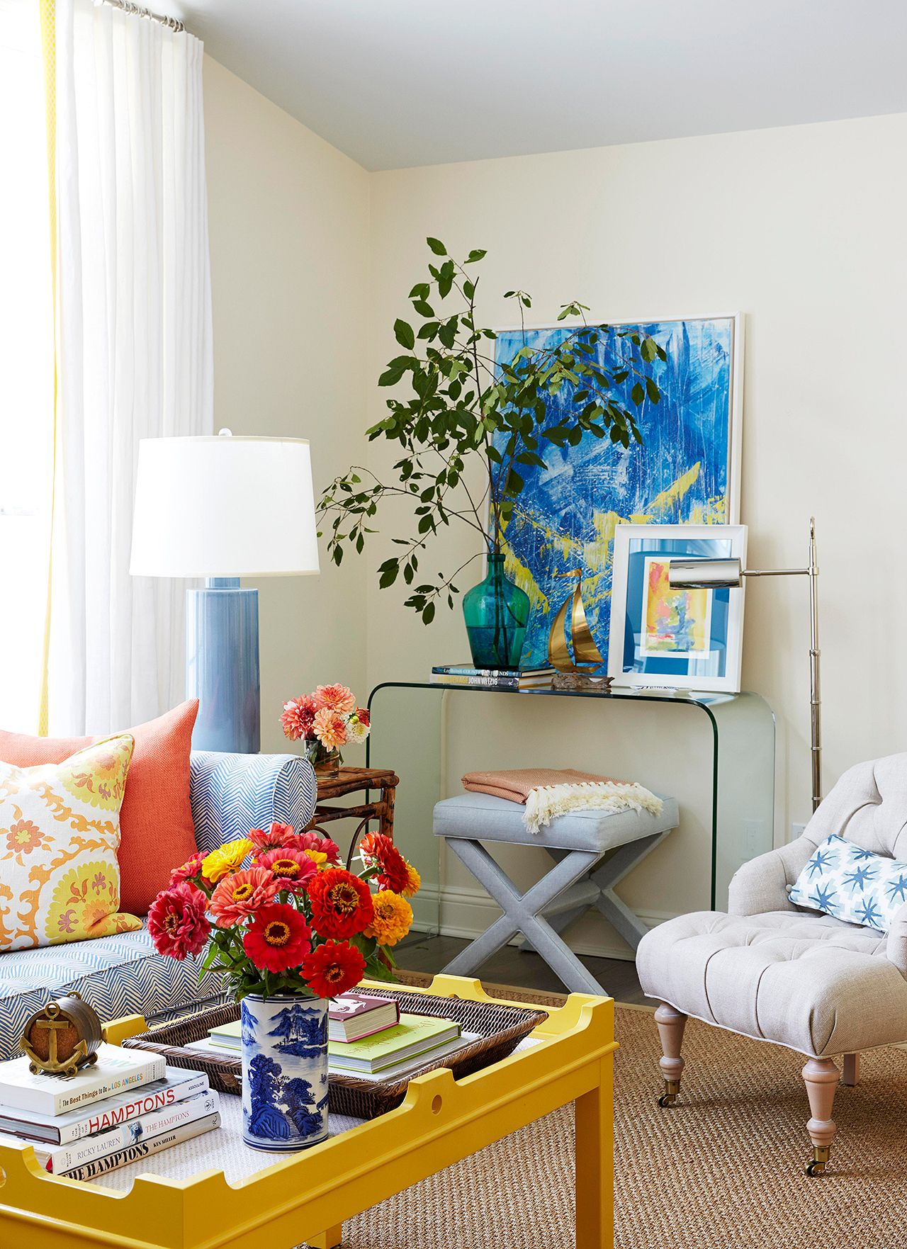 25 Cheery Ways To Use Yellow In Your Decor Yellow Living