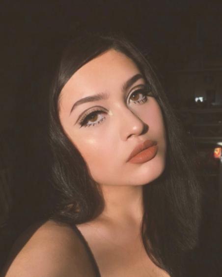 Vintage Makeup Look Facemakeup Makeup Vintage In 2020 Vintage Makeup Looks Brunette Makeup Makeup Looks