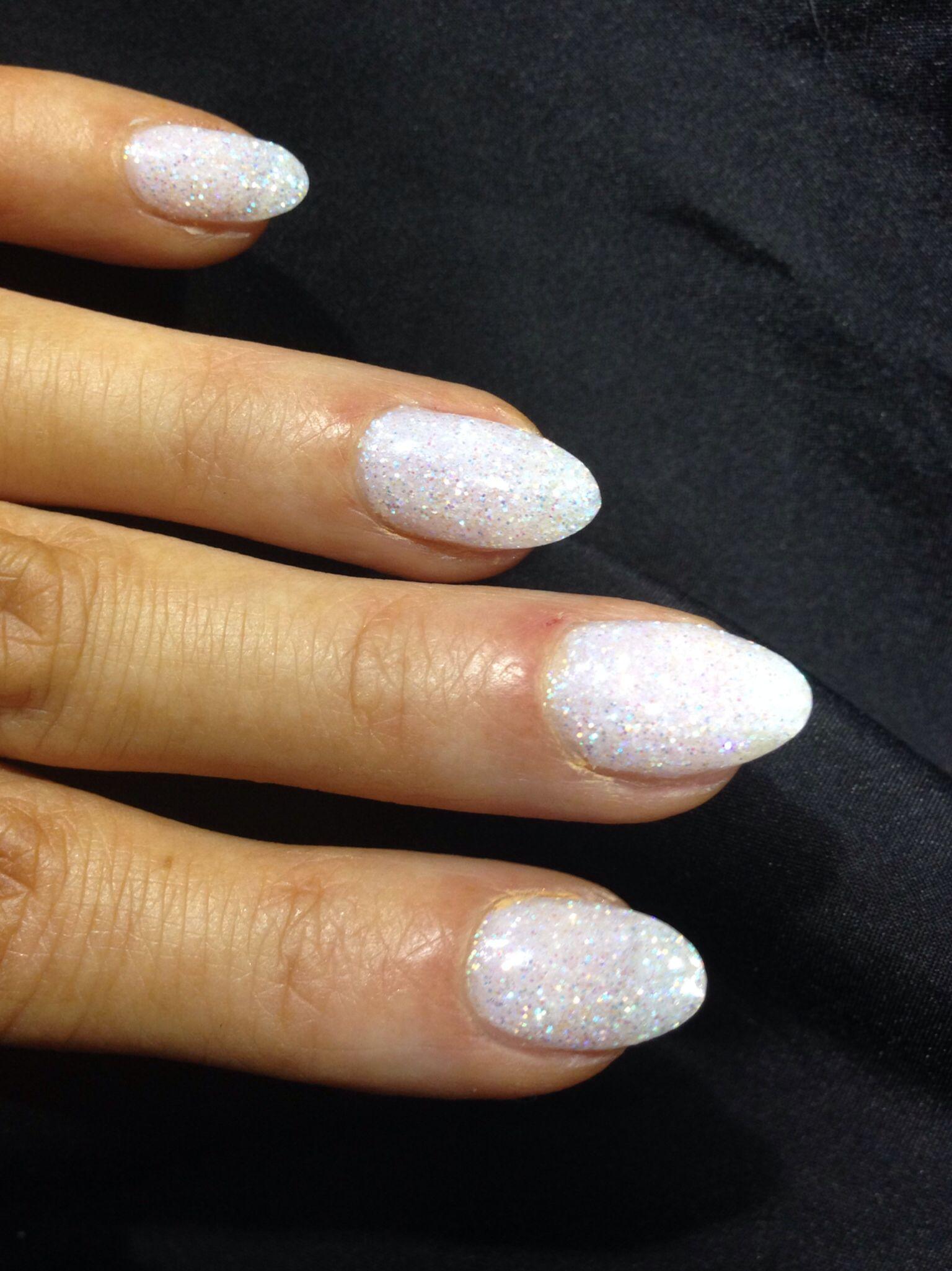 White glitter almond shape | White Hot | Pinterest | Nagelkunst