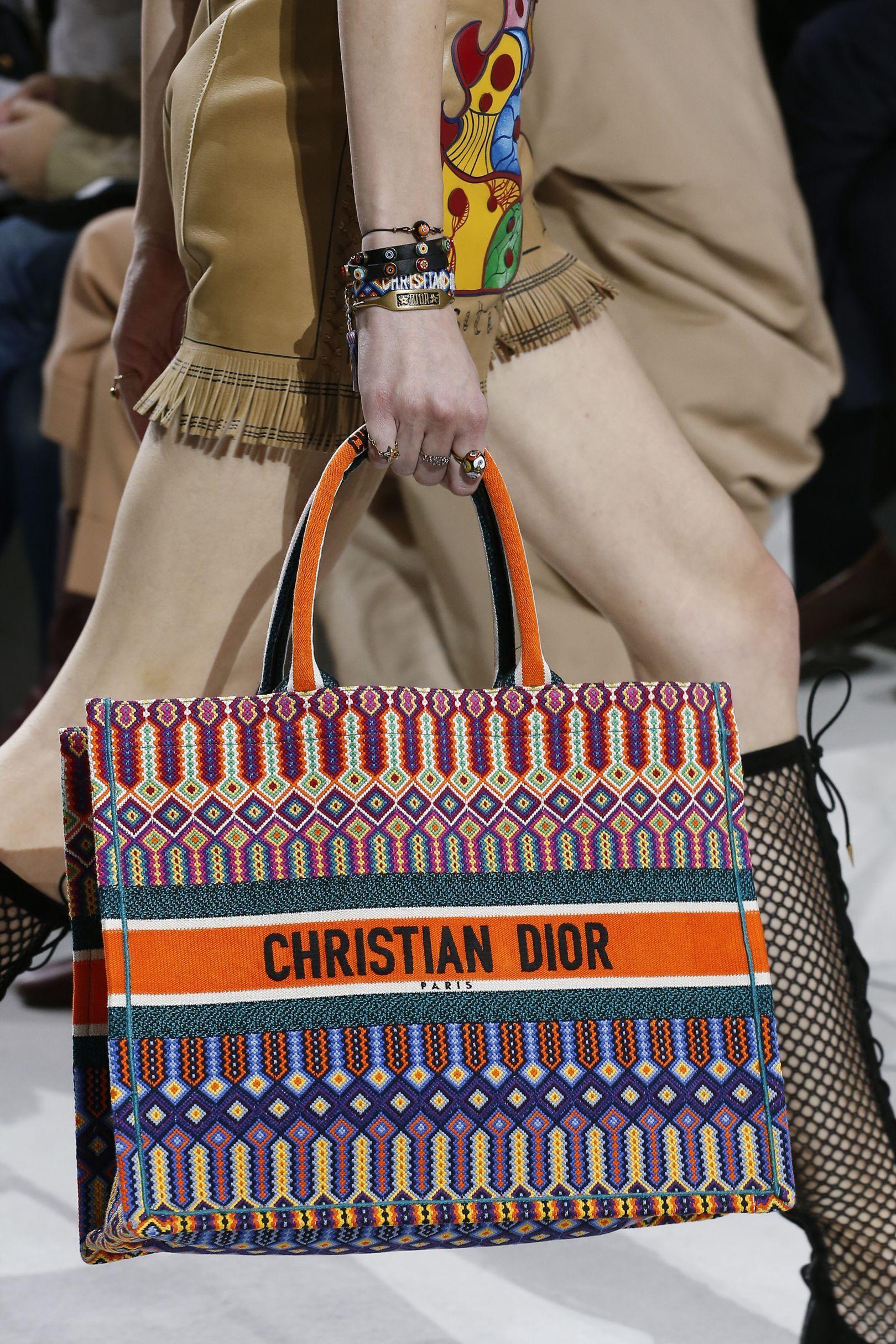 d157e760cf Vogue s Ultimate Bag Trend Guide Spring Summer 2018