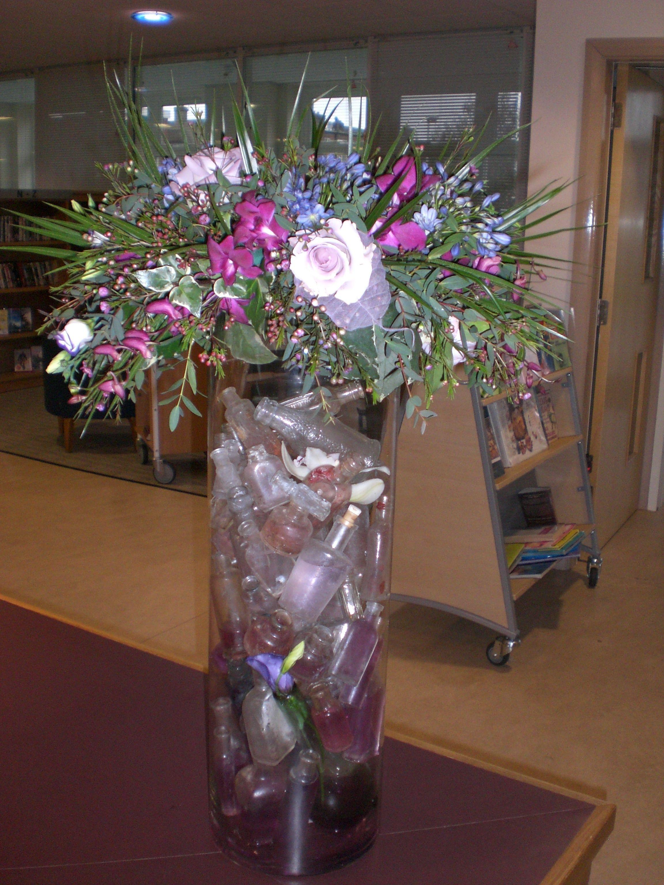 Idee Deco Vase Rond 12+ gorgeous modern vases calla lilies ideas | geometric
