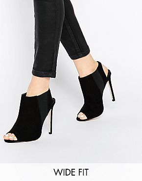 ASOS HIT THE HEADLINES Wide Fit Heeled Sandals