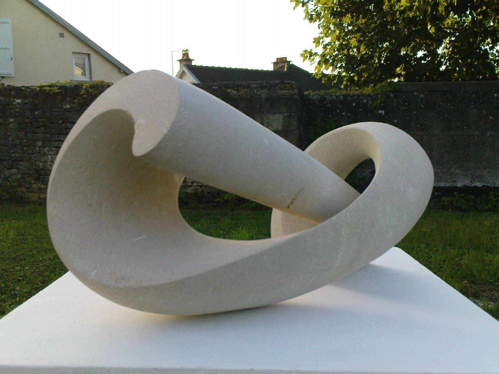 Hélix pierre calcaire vincent queuvin beeldende kunst steen