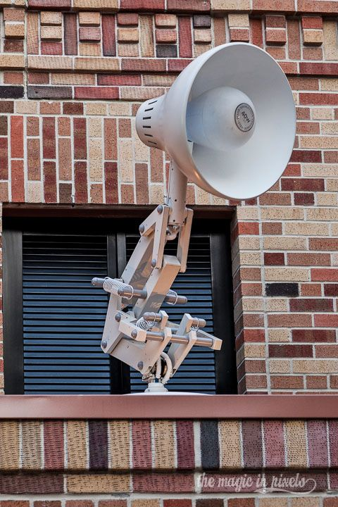 Luxo The Lamp From Pixar Fame Used To Appear On Top Of A Building In Pixar Place Across From Toy Story Hollywood Studios Disney Disney World Hollywood Studios