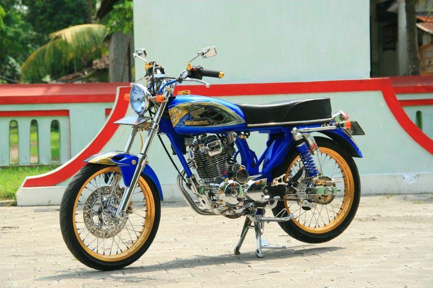 Honda CB 100 Street Racing