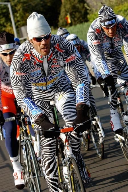 2002 Worlds  The one-and-only Mario Cipollini puts in some pre-race  training time at Zolder d368ff7c6