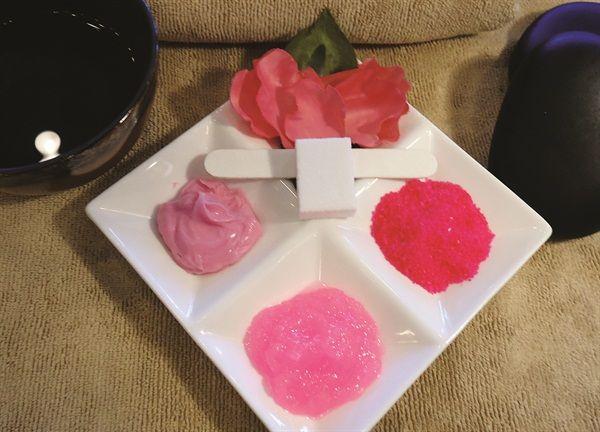 Signature Services Heavenly Manicure Nail Salon And Spa Spa Manicure Manicure