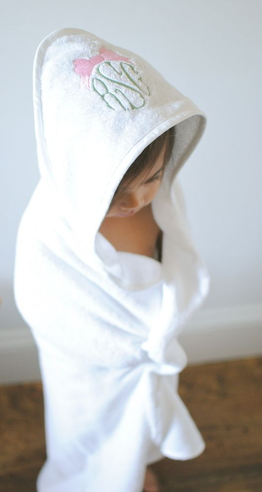 This Towel Is A Generous Size For Both Babies And Toddlers Alike Perfect For The Bath Pool Beach Or As A Gift 100 C Baby Monogram Baby Towel Hooded Towel