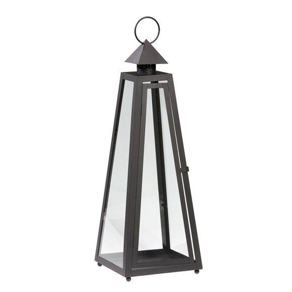 Trendige Laterne in Schwarz - für stimmungsvolle Beleuchtung