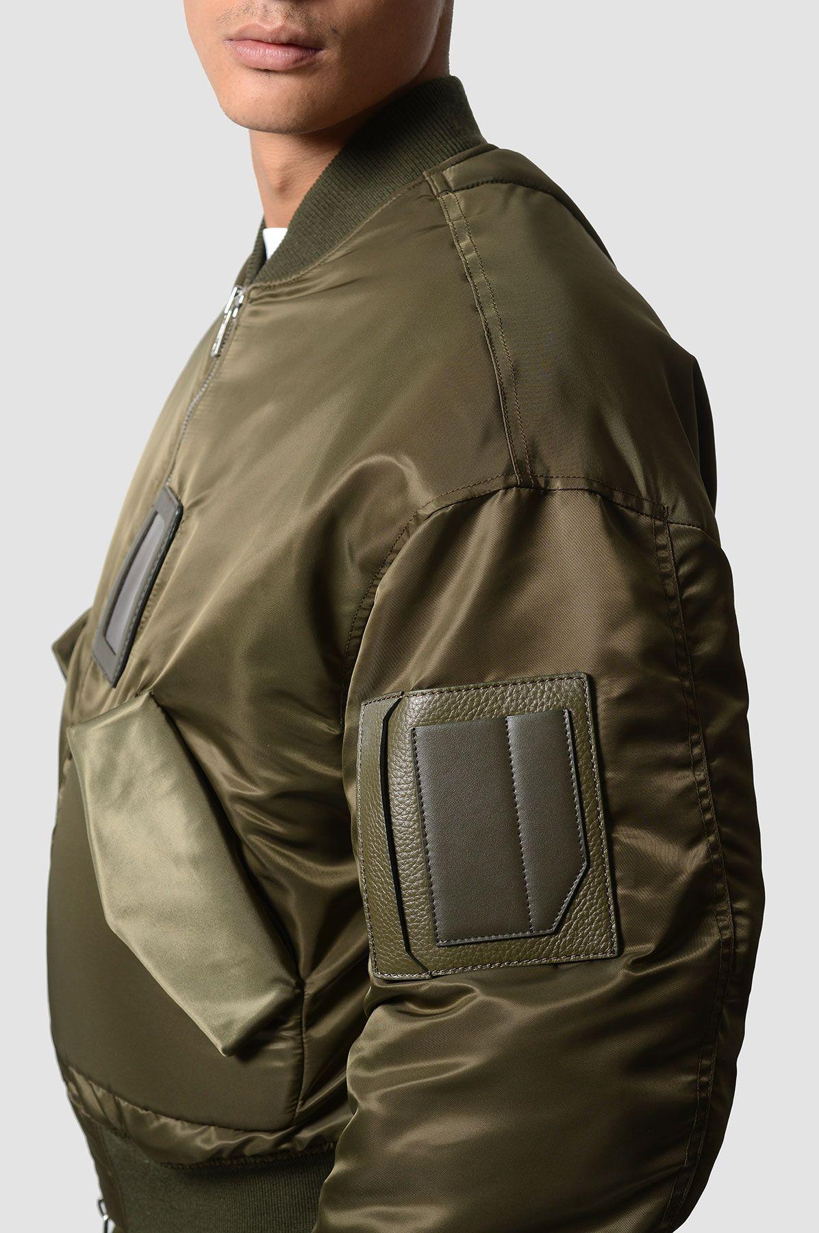 8e02e22db6 JUUN.J Khaki Bomber Jacket