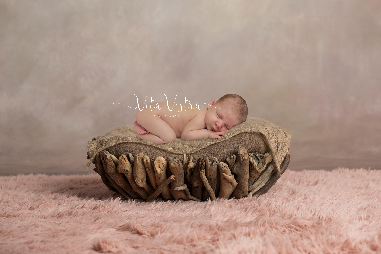 Newborn photography cheltenham gloucestershire baby girl digital backdrop sleepy baby photo