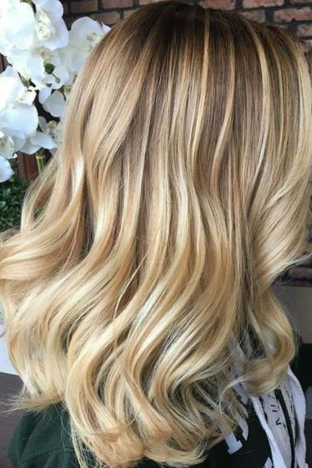 36 Blonde Balayage With Caramel Honey Copper Highlights With
