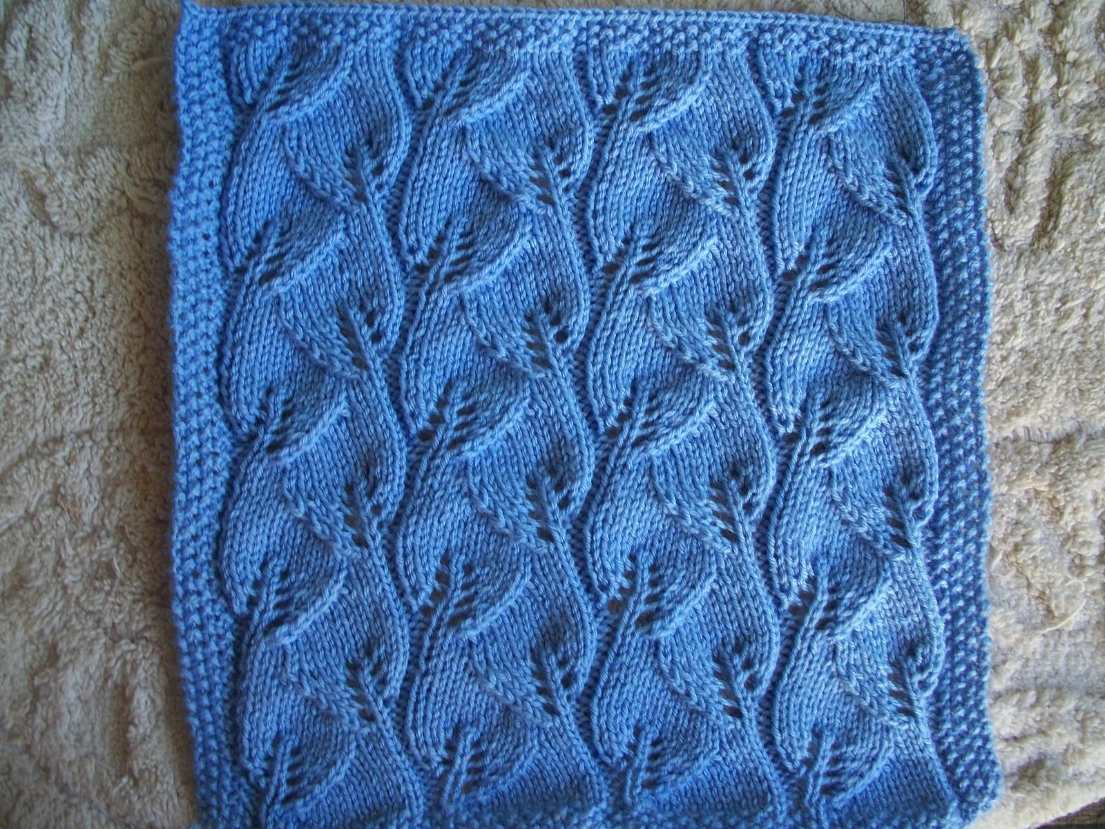 Ravelry: Leafy Baby Blanket by Leyla Alieva