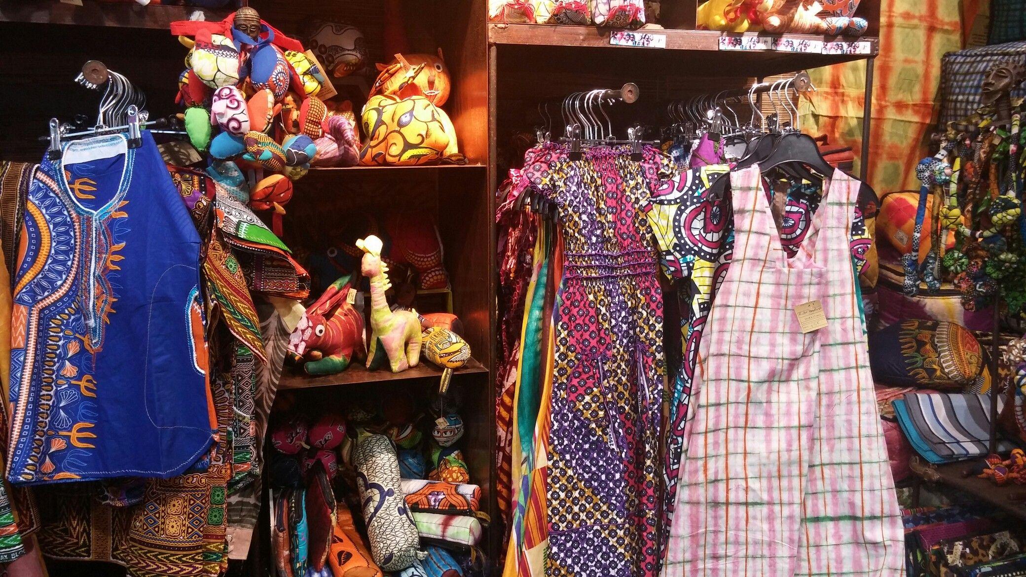 9157ff7db48b Épinglé par Khady Ndoye sur African Boutique Paris - Africouleur ...