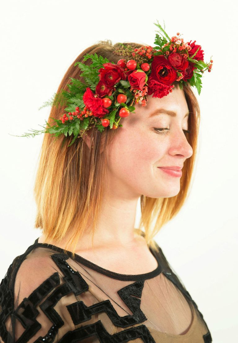 5 Gorgeous Flower Crowns That Are Really Easy To Make Flower