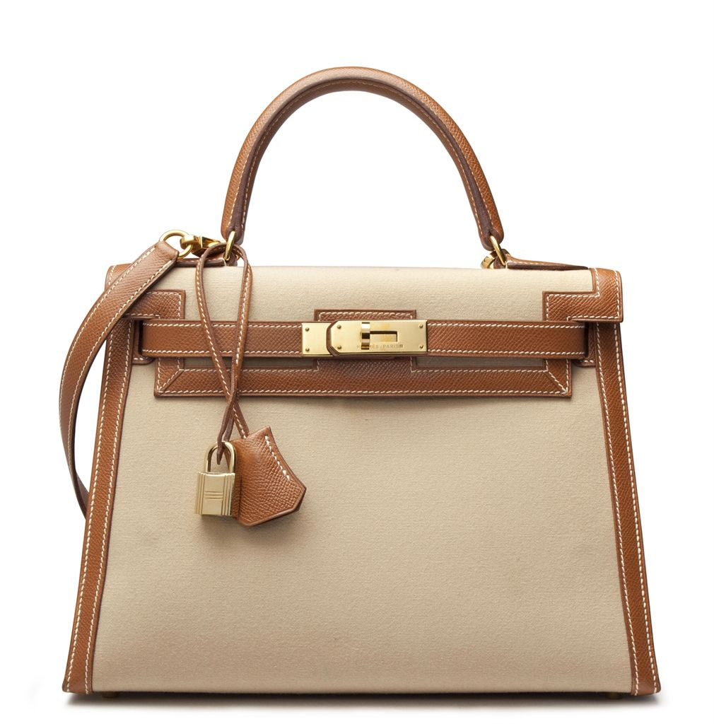 21e48988118c A 28cm gold courchevel leather   canvas sellier kelly bag