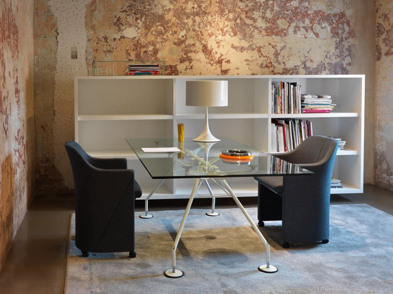 Sedie tecno ~ Best tecno images techno norman foster and desks