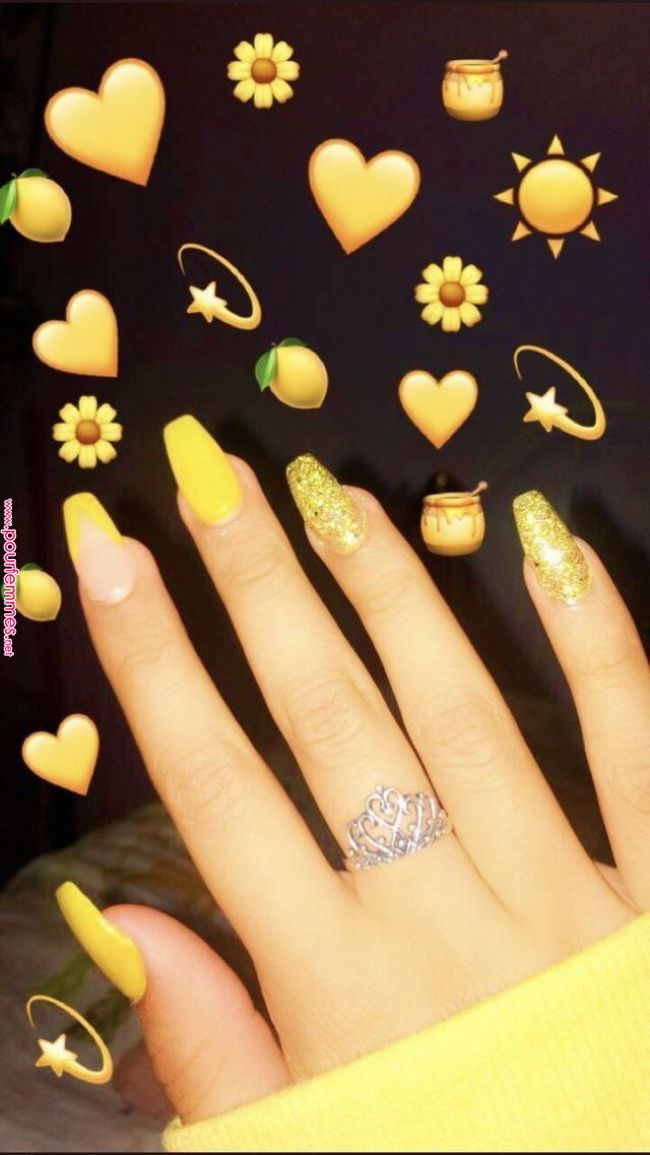 Yellow Coffins Nails With Glitter Acrylicnailsideas Acrylic Nails Ideas In 2019 Yellow Nails Yellow Acrylic Nails Yellow Yellow Nails Cute Acrylic Nails