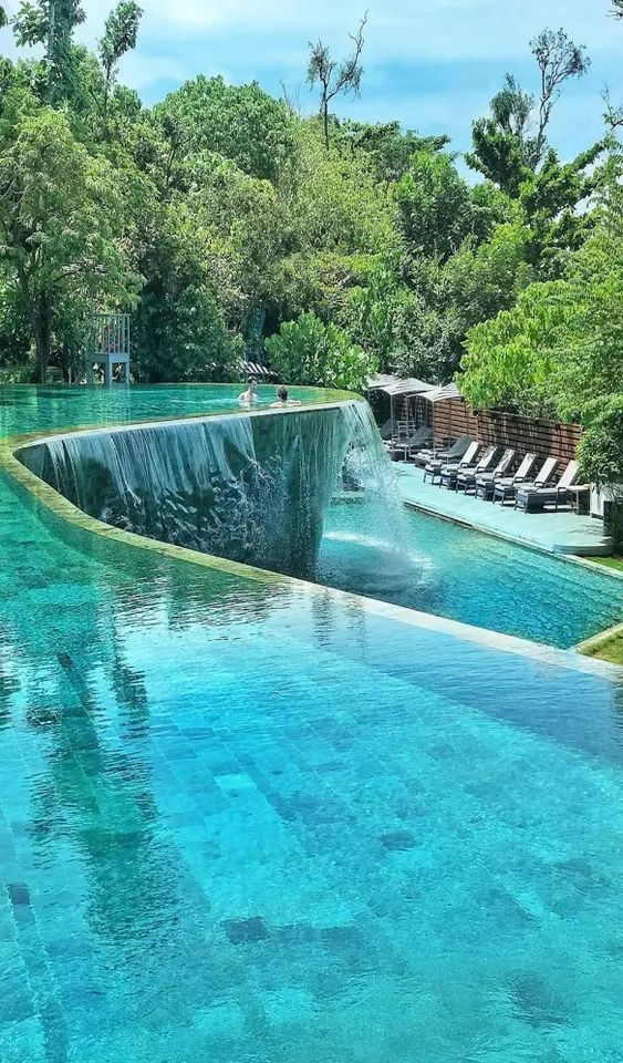25 Best Hotel Swimming Pools in the World - Travel Den