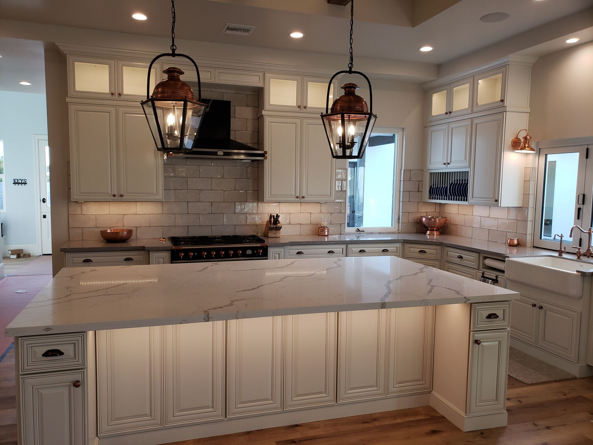 Best Kitchen Island For Sale Rustic Kitchen Cabinets Adverts 400 x 300