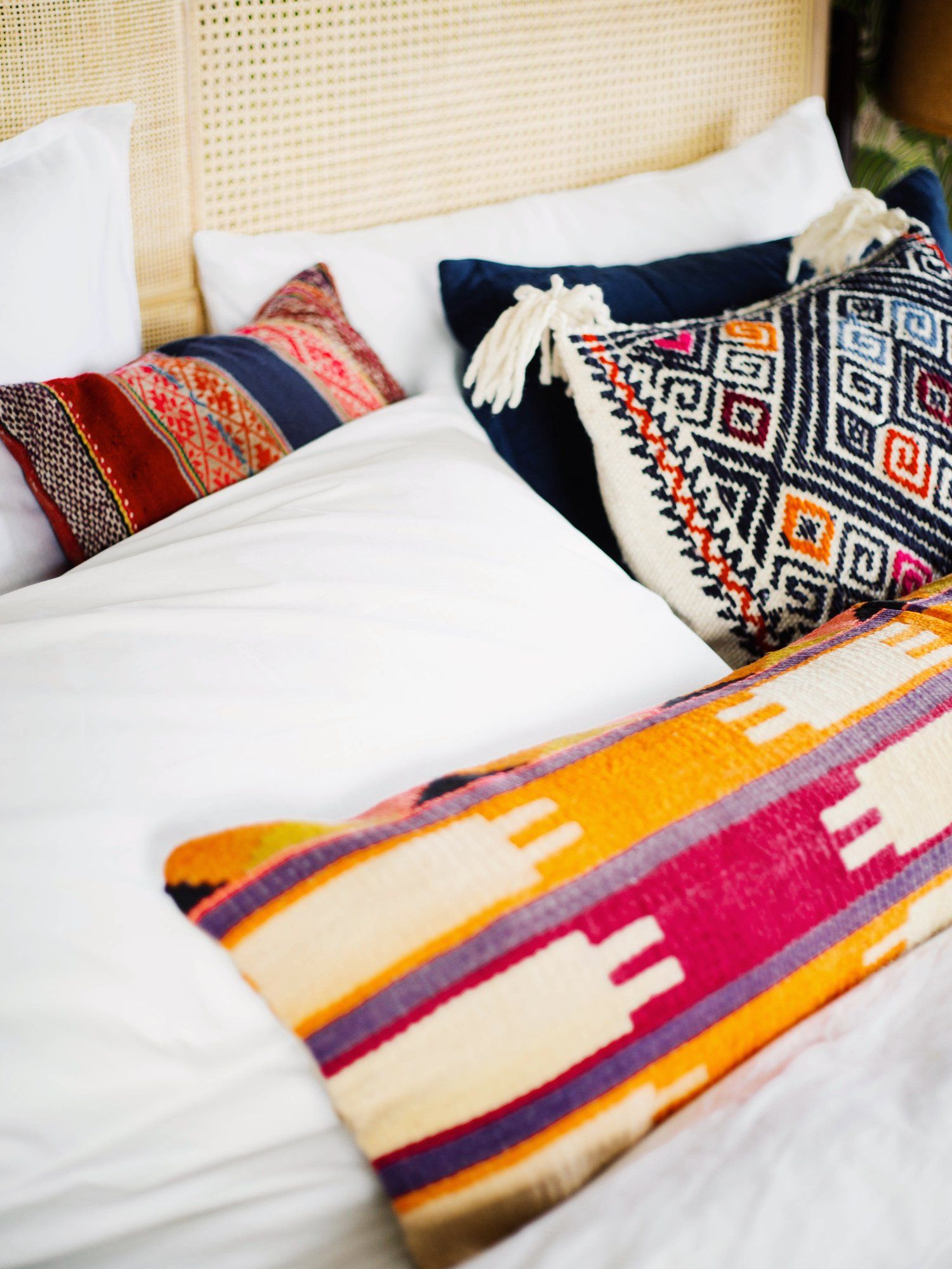 3 Ways To Style Your Pillows On A King Size Bed Old Brand New King Size Bed Pillows Eclectic Bedroom
