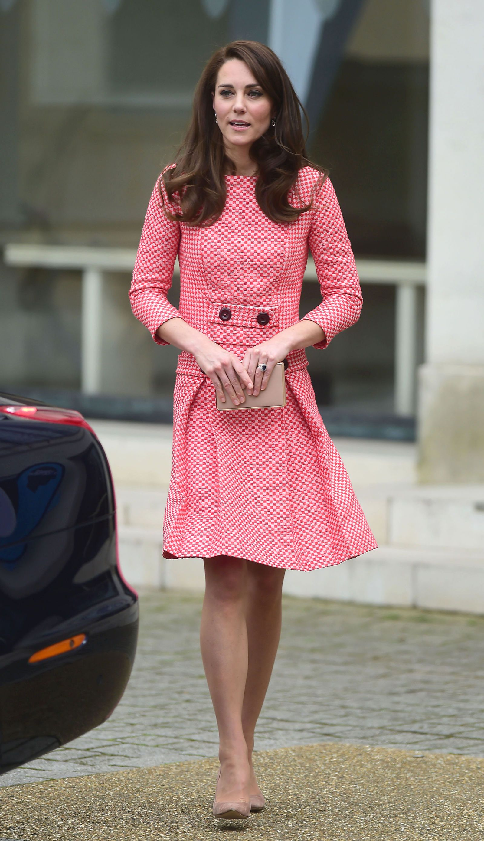 Kate Middleton Continues Her Chic Maternity Streak in a Mod Minidress