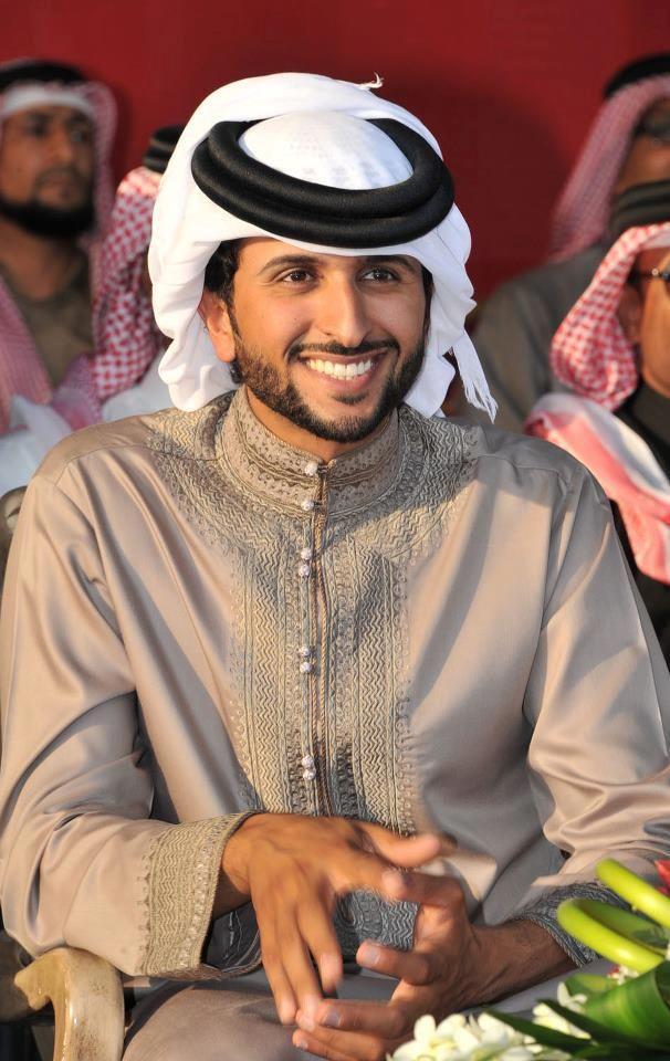 Sheikh Nasser Bin Hamad Al Khalifa Of Bahrain Faz3 Realeza Vestido De Festa Longo