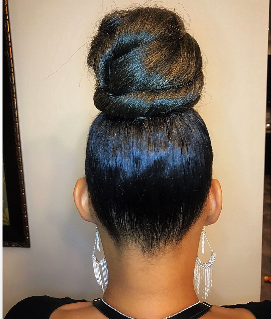 Swipe Left Can We Say Ninja Bun Deluxe Whether You Prefer Top Knot Ninja Bun Or Just Ninja Bun Natural Hair Styles For Black Women Top Knot Bun