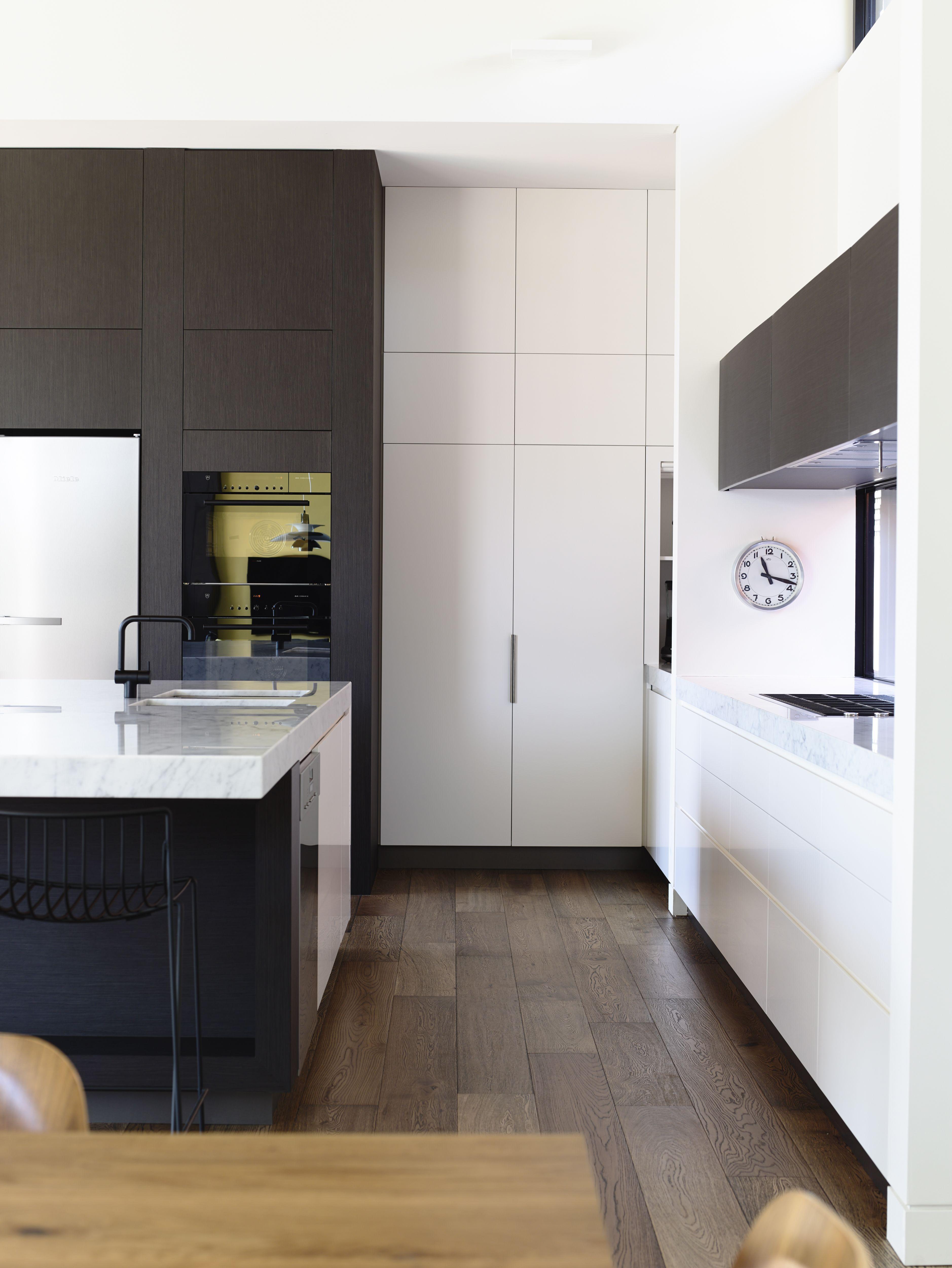 Kitchen By Blue Box Master Cabinet Makers Melbourne Australia 613 9585 1829 Kitchencabinet1829 Kitchen Interior Kitchen Cabinets Austin Design
