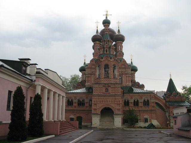 moya_moskva: Церковь Живоначальной Троицы в Останкине.