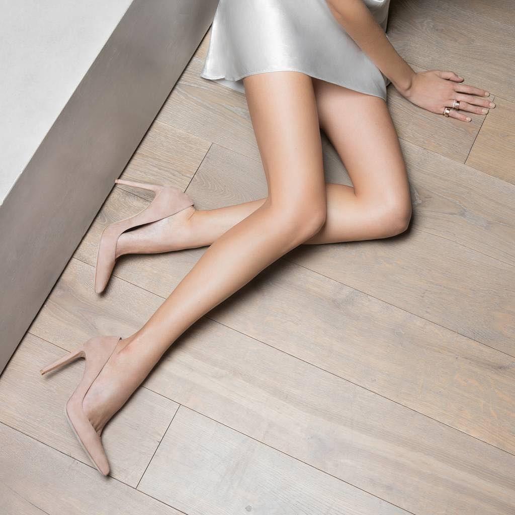 Gorgeous pumps by Stuart Weitzman Nude Pumps, Nude Shoes, Stiletto Heels,  Shoes Heels 3cb01c9aacc0