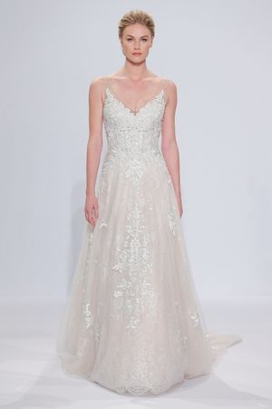 V-Neck A-Line Wedding Dress with Natural Waist in Chantilly Lace ...