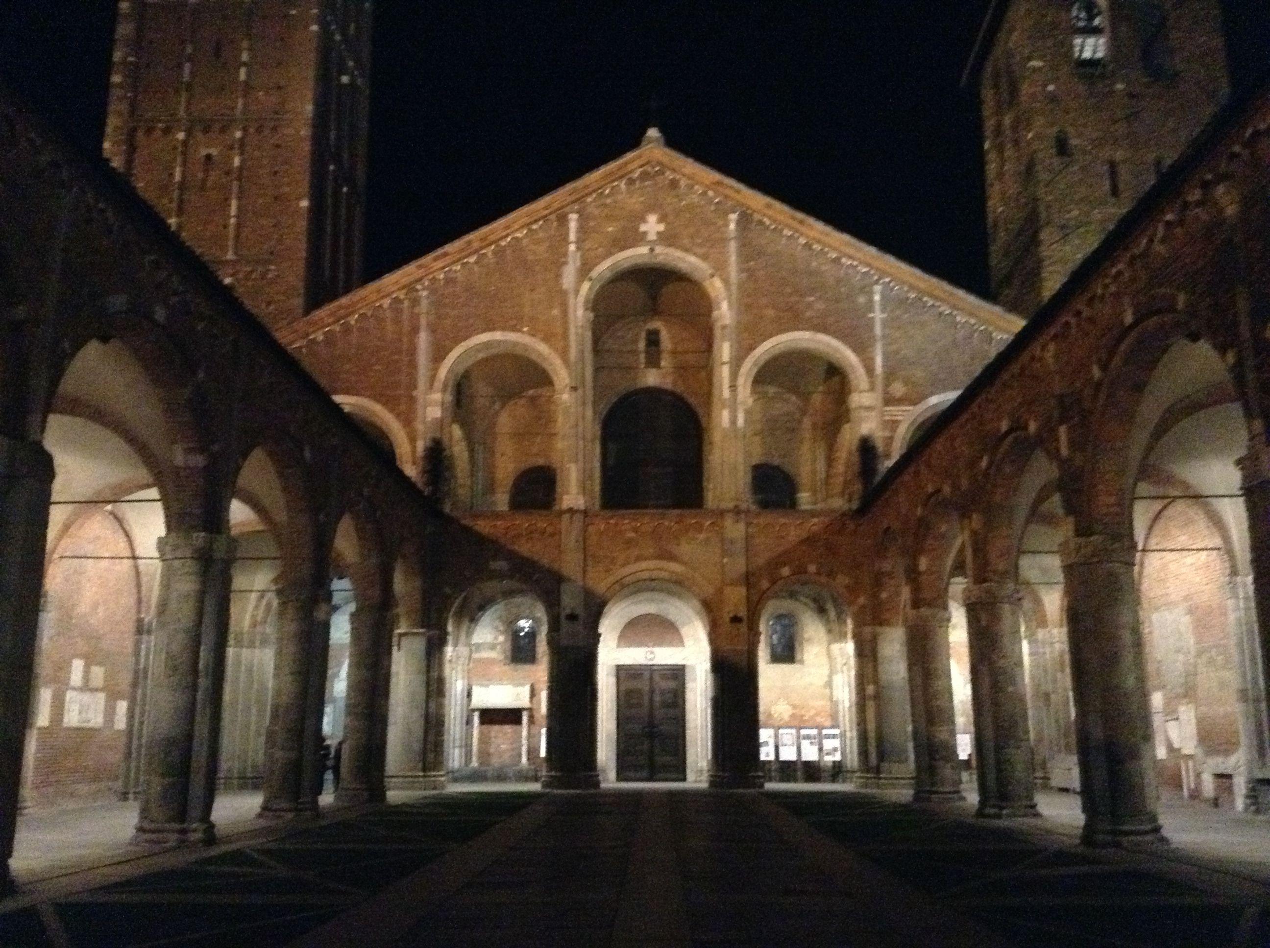 Basilica di S. Ambrogio.   MB Photo.