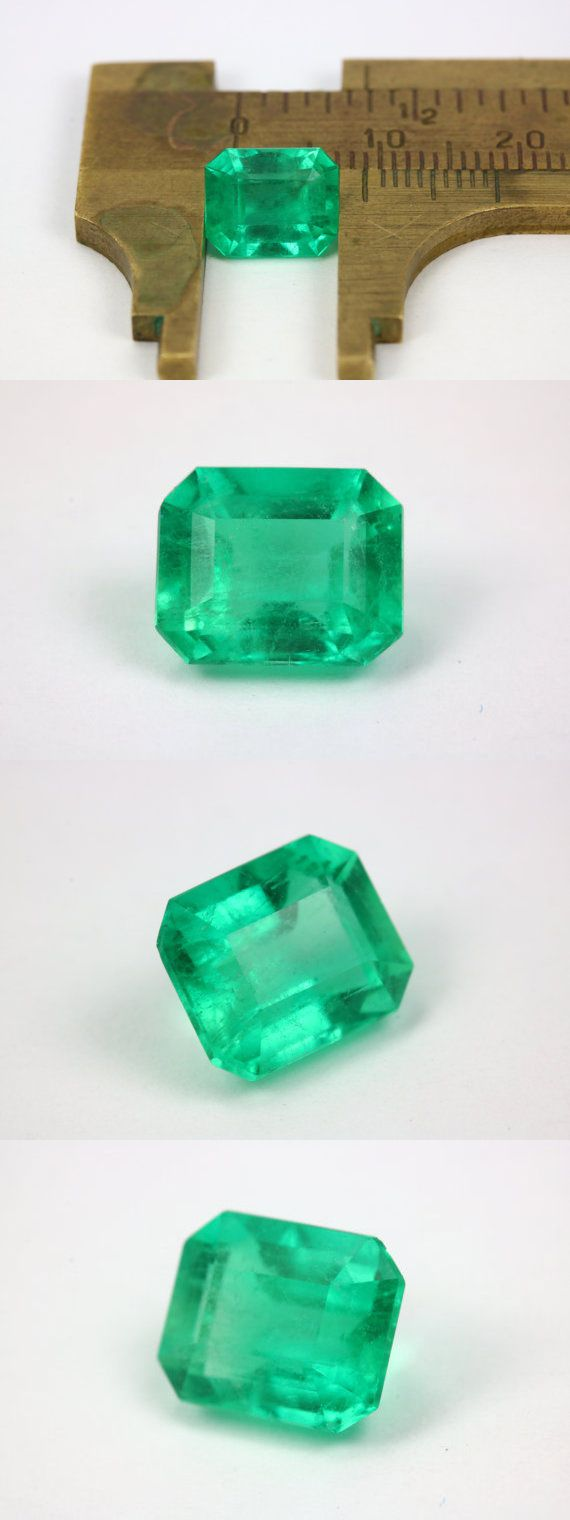 certified yellowish grandidie aaa auctions emerald green natural ct igi grade oval cut