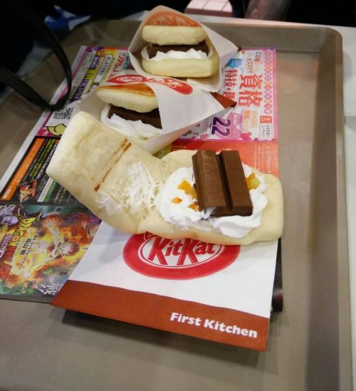 Japanese KITKAT Sandwich!