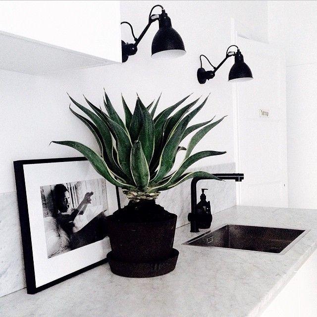 die besten 25 scandinavian planter accessories ideen auf pinterest freistehender. Black Bedroom Furniture Sets. Home Design Ideas