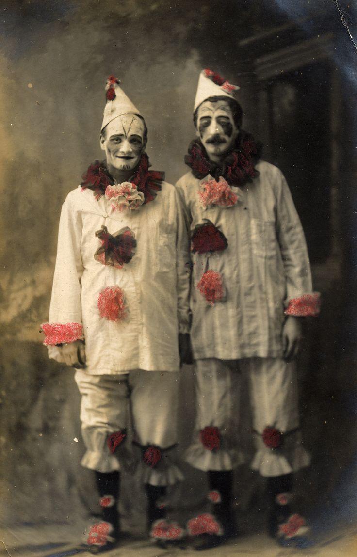 Related Image Freakshow Halloween Gruseliger Clown Dunkler Zirkus