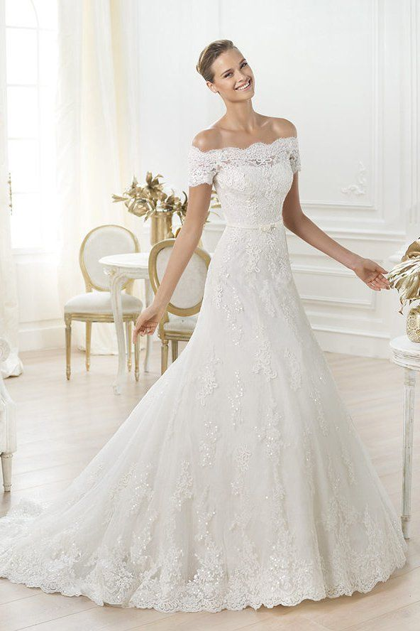The 25 most popular wedding gowns of 2014 pronovias wedding the 25 most popular wedding gowns of 2014 junglespirit Gallery