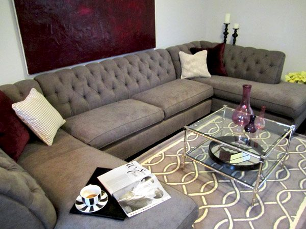 Loooove The Grey Tufted Couch And The Rug Sofa Design