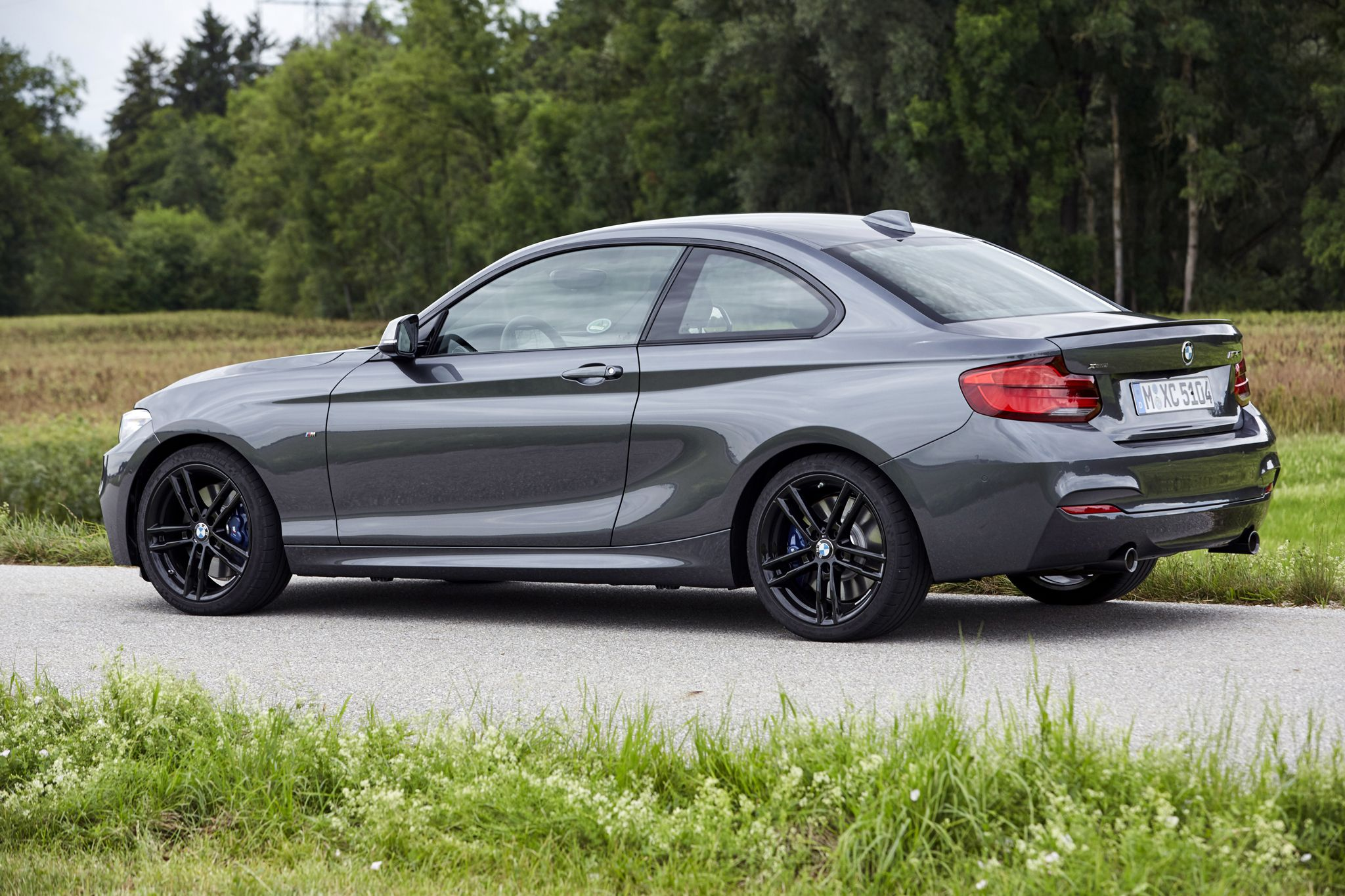 Pin By Lawrence Fonville On Bmw Bmw Bmw Wallpapers Best Luxury Cars