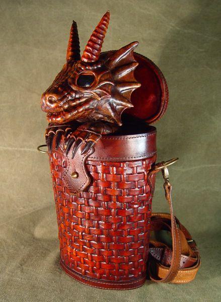 Bob Basset s Lair – Dragon in baasket. New leather handbag. 2010 ... 3217ad743e