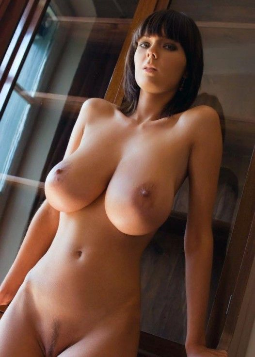 Nude Chicks With Big Tits