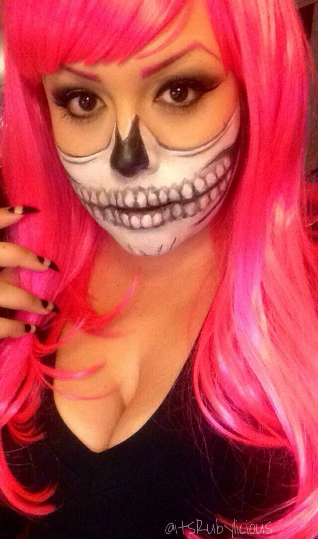 Halloween Makeup Stores Near Me.Half Skull Grim Reaper Halloween Makeup Ahs Season 1 Inspo Zombie Boy Pink Hair And Brows To Kids Outfits Urban Hairstyles Outside Halloween Decorations