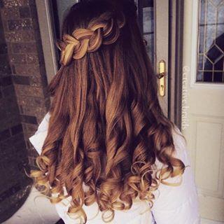 #FühldichwiepurerLuxus    sind das schöööne Locken #hair #styles #long #curly #black #tutorial #beach #short #updo #ombre #medium #blonde #brown #growth #extensions #bridal #color #cut #waves #dos #pastel #boho #summer #buns #cute #care #mask #thin #bows #DIY # #easy #dyed #braid #ideas #wedding #tips #natural #wavy #messy #vintage #prom Credits to @inspirehairstyles