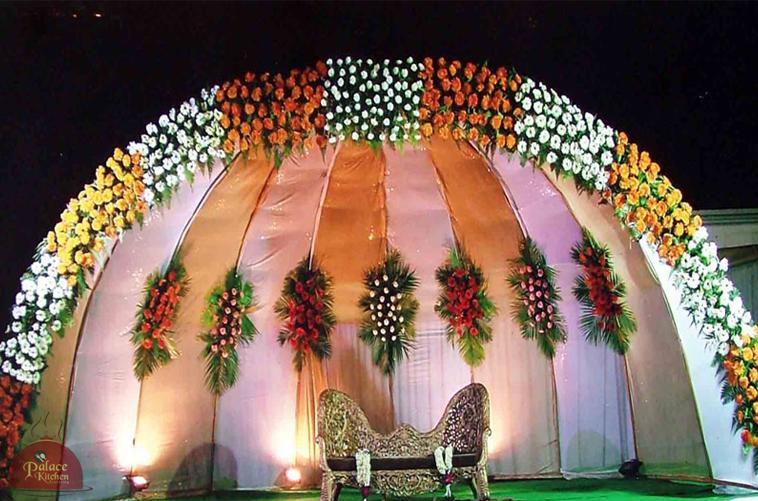 Kerala christian wedding flower girls ideas for wedding flowers kerala christian wedding flower girls ideas for wedding flowers wedding stage decorationsflower junglespirit Choice Image