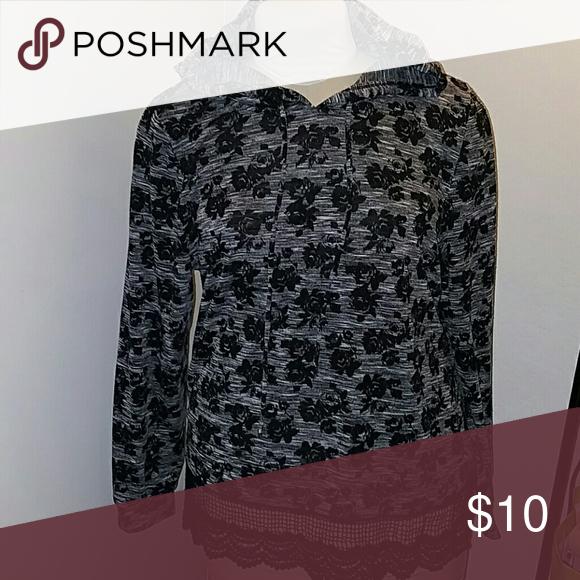 Lace print hoodie 3x Black/gray socialite Tops Sweatshirts & Hoodies