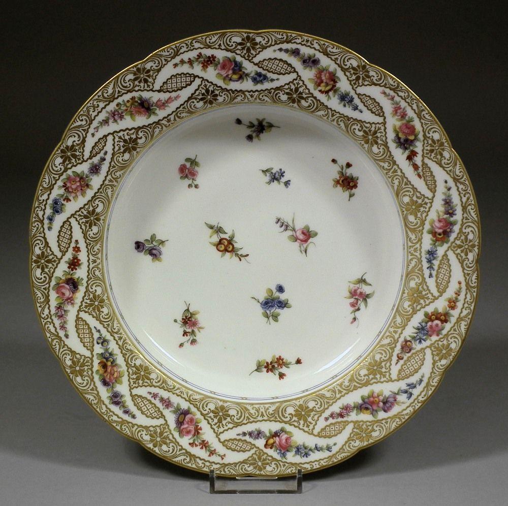 S vres porcelain france soup plate 18th century for Platos cuadrados de porcelana